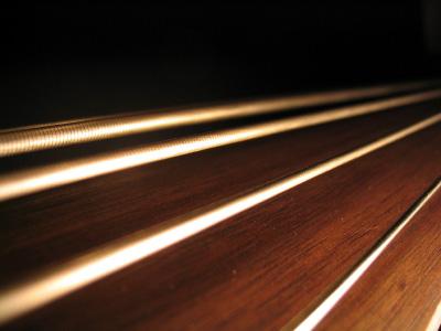 choose_bass_guitar_strings